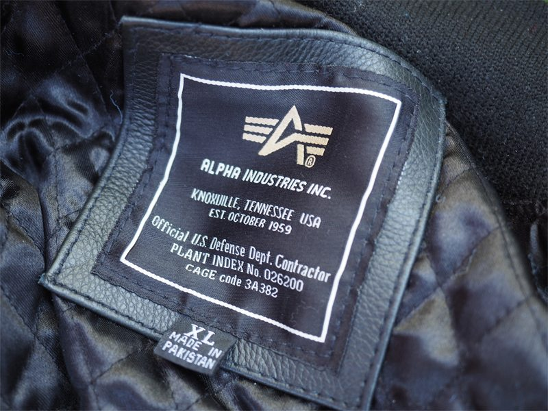 Alpha-Industries-MA1-Flight-Jacket-9